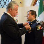 El gobierno de Ecuador condecoró al Comisionado General de la Policía Federal, Manelich Castilla Craviotto