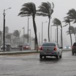 Por temporada de lluvias y ciclones tropicales, protección civil emite recomendaciones para la población