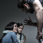 Persiguen de oficio violencia familiar